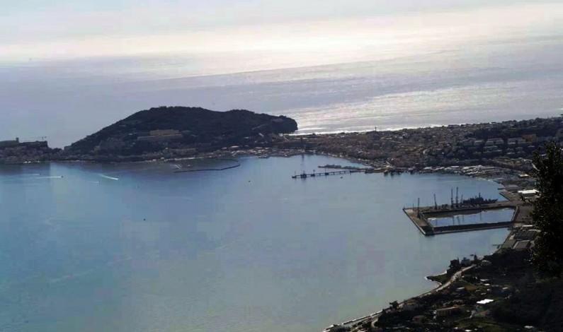 Gaeta, chiesa di S. Giacomo: cittadini a confronto su pontile petroli, portualità commerciale e turistica