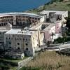 Renzi lancia la sfida di Ventotene per restaurare il carcere di Pertini