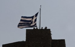 """Grecia, annullato summit Ue a 28. Renzi: """"Impensabile Europa senza Atene"""""""