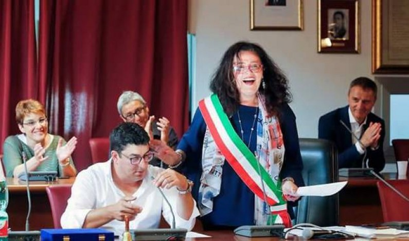 Le dimissioni della Sindaca di Formia Paola Villa