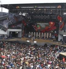 """Concerto Primo maggio, Ilaria Cucchi sul palco. Il pubblico urla: """"Stefano, Stefano"""""""