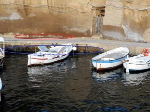 condotta del porto. ellissi rossa perdita in superficie, in blu lo stillicidio in mare
